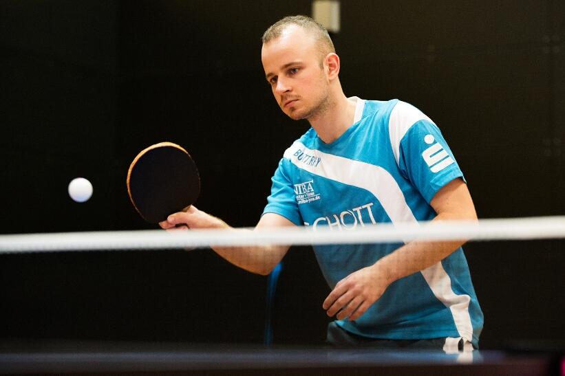 Roman Rezetka gewann seine drei Einzel und ist noch ungeschlagen!